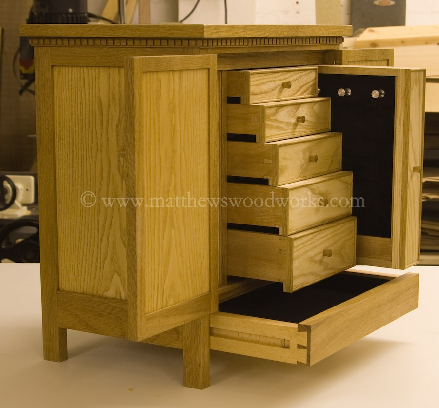 oak and ash jewellery chest